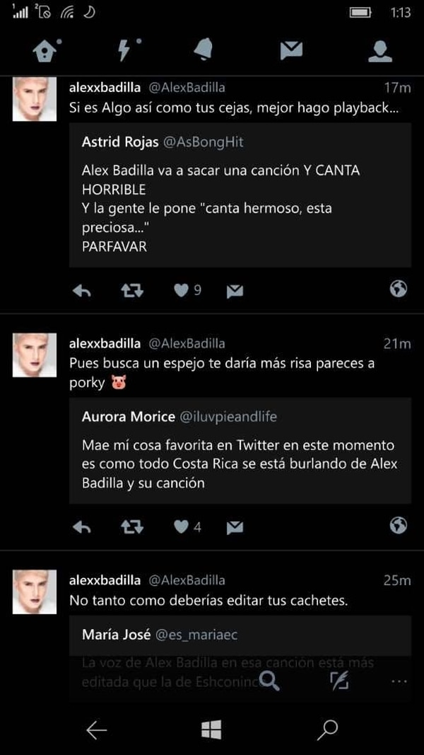 Mensajes que dedicó Alex Badilla a quienes lo atacaron en redes y luego los borró. Tomado de redes sociales.
