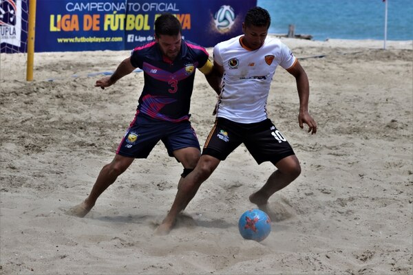 Vuelven a la acción también Punta Leona y Valencia en el Futbol Playa. Foto: DT COMUNICACION