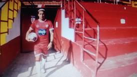 (Video) Otro delantero cubano llega al fútbol tico