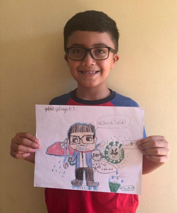 A Gabiel no le costó hacer el dibujo y quedó muy contento con el resultado. Cortesía.