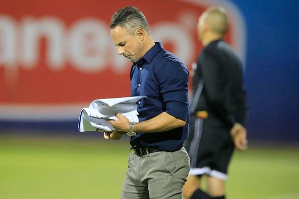 Para Óscar, el entrenador erizo debe poner más atención a la hora de hacer los cambios. Foto: Rafael Pacheco.