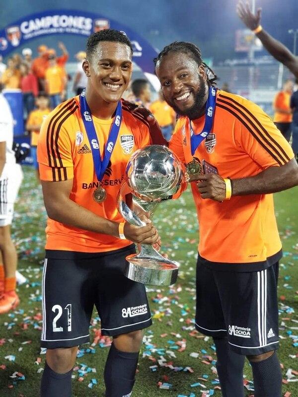 El último equipo de Núñez fue el Cibao de la República Dominicana en el que salió campeón en octubre con el costarricense Jostyn Daly. Foto: Twitter.