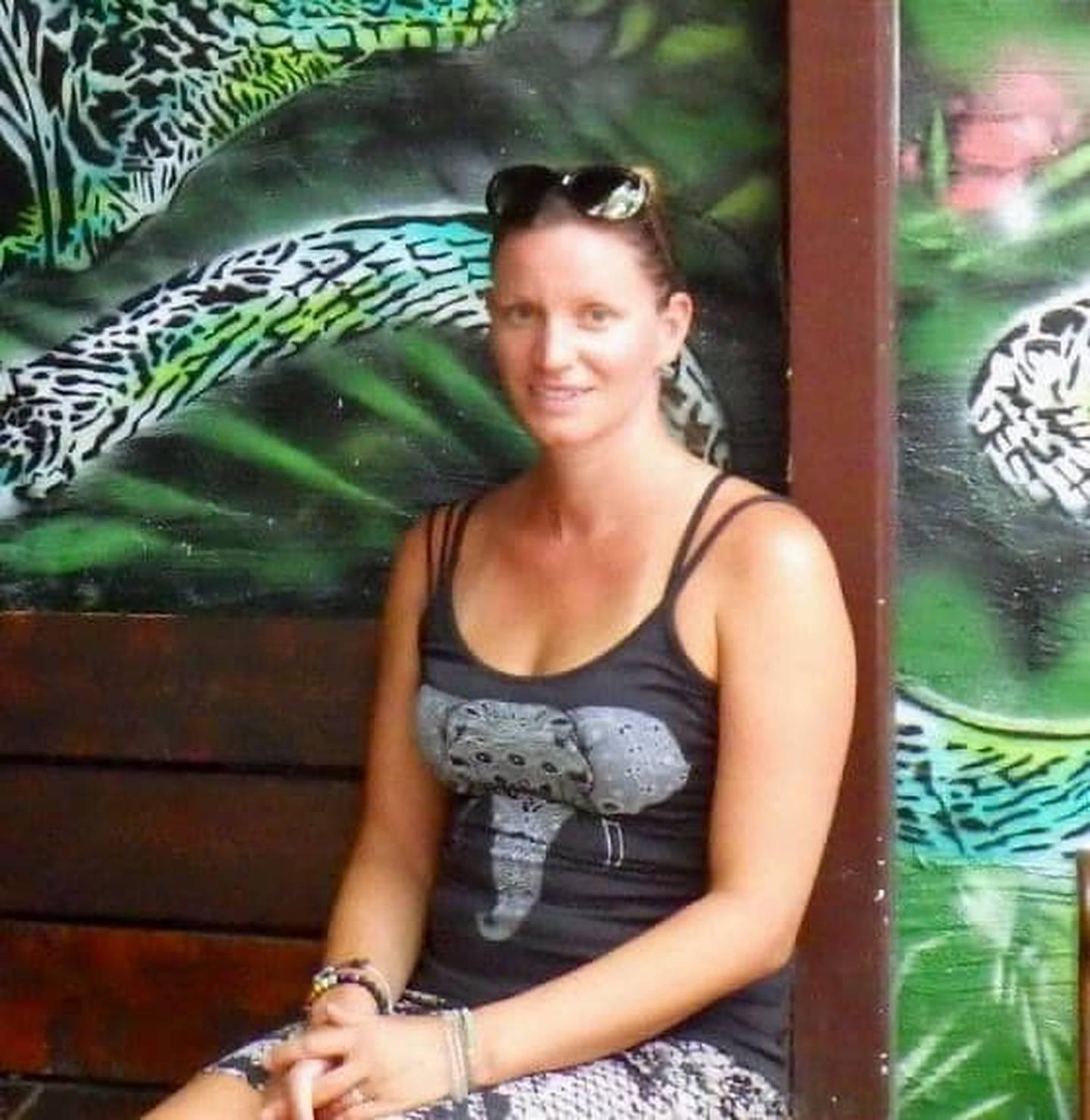 Jaclyn Smith, canadiense desaparecida desde el 17 de agosto en Playas del Coco. Foto tomada del Facebook Search for Jaclyn.
