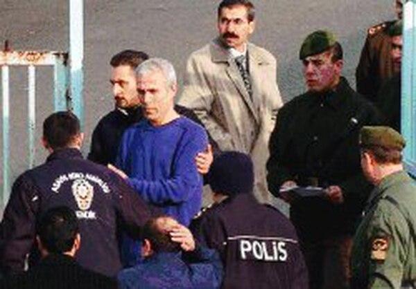 Mehmet Ali Agca en Estanbul, Turquía, en enero del 2006. Llevaba ya 25 años preso. AFP