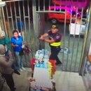 La Policía Municipal de Heredia detuvo a dos ladrones en pleno asalto. Foto: Cortesía.