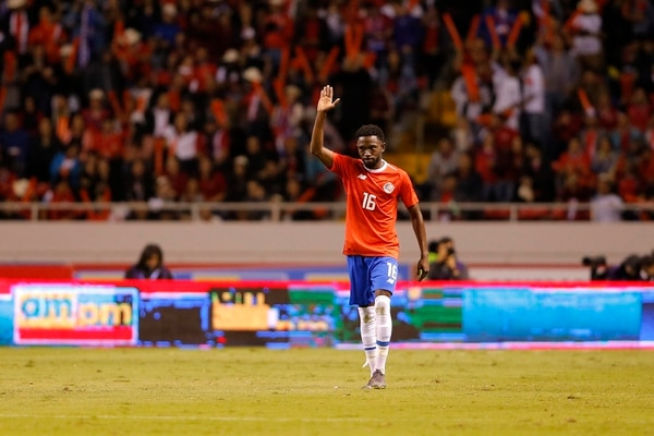 Salió como los grandes Keysher tras anotar su primer gol con la Tricolor. Fotos: Mayela López