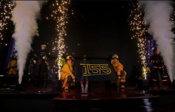Bomberos celebran a lo grande el 155 aniversario. Foto: Bomberos